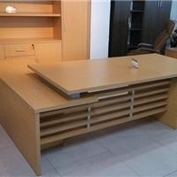 天津兴业办公家具厂定做老板桌  屏风隔断桌