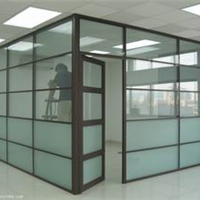 供应铝合金门窗。