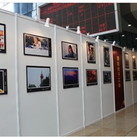 冠禾书画摄影展示墙 八棱柱艺术作品展墙