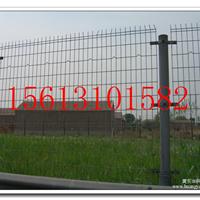 承德围堤防护铁丝网&1.8*3米公路护栏网批发