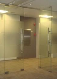 供应大兴区亦庄专业维修玻璃门更换地弹簧