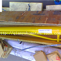 供应小松挖掘机配件PC60-7斗杆油缸