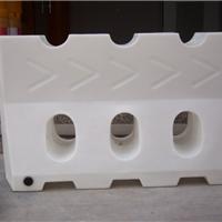 供应白色滚塑水马厂家 塑料白颜色水马规格