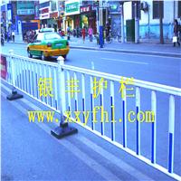 广东深圳珠海新型道路护栏|方管道路护栏