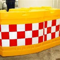 三联组防撞桶船型防撞桶规格角形防撞墩