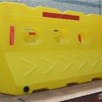 供应塑料滚塑水马价格 滚塑工艺水马厂家
