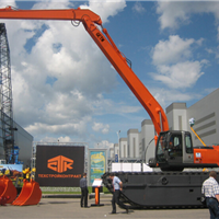 供应俄罗斯GET210超长臂水挖机