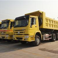 中国重汽工厂处理豪沃2013款300马力自卸车