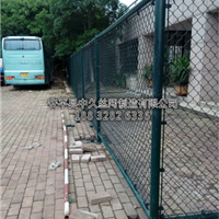 铁丝网包塑菱形勾花护栏网球场围挡浸塑勾花