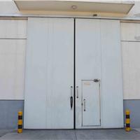 供应轻型聚氨酯冷库门,中小型冷库门