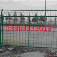 郑州道路安全铁丝隔离网防止汽车碰撞