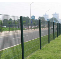 厂家直销道路两侧围挡防护网可根据图纸定做