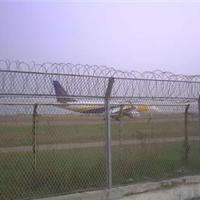 贵州机场带刺防护网安全性高让您平安出行