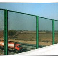 乒乓球场围栏网-小孔护栏网专业生产厂家