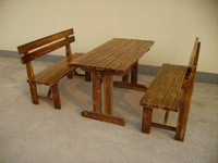 供应南京碳化木桌椅重庆实木车轮桌椅