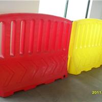 塑料围栏水马价格、滚塑围栏水马