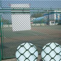 供应球场围栏操场隔离网防护网哪里买