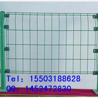 供应高速公路隔离网 框架护栏网 规格可定做
