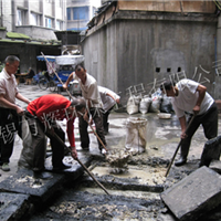 无锡南长区清理污水池
