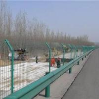 厂家直销供应公路护栏网高质量产品