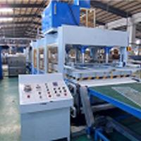供应蜂窝板压机、单(双)排缝合机、纵剪机