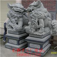 石雕献钱狮 石材港币狮 专业石雕狮子生产厂
