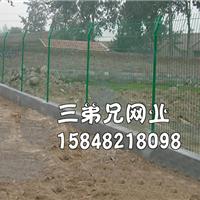 供应包头护栏网,隔离栅,包头隔离网