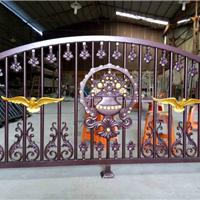 供应铝大门,铝栏杆,铝配件