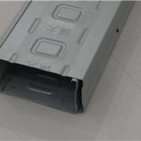 供应振大热镀锌GCQ1托盘式电缆桥架高强节能