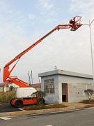 沧州拖车式曲臂高空车,铝合金脚手架