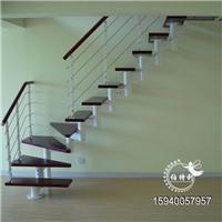 供应沈阳钢木楼梯安装