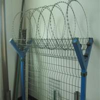 厂家直营机场护栏网 高速护栏网 防护网