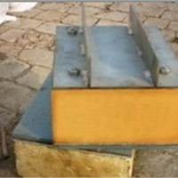 深冷管道使用硬质聚氨酯发泡导向管托的技术