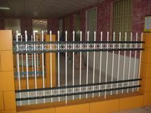 供应厂家促销九江锌钢烤漆围墙护栏/栅栏/栏杆,户外围栏