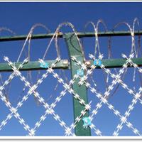 供应奥华监狱防攀爬隔离焊接刀片刺绳网片