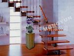 供应实木楼梯、钢木楼梯、铁艺楼梯及立柱,护栏!