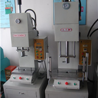 供应小型液压机-福州小型液压机厂家-厦门小型液压机价格