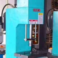 供应单柱液压机-厦门单柱液压机-福州单柱液压机