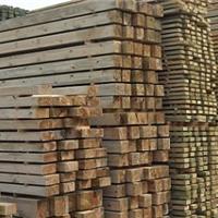供应防腐木、防腐木板、防腐木凉亭、户外防腐木地板