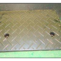 供应汽车专用路沿坡/上下坡阶梯垫/停车斜坡垫/橡胶路沿坡