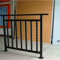 供应阳台护栏/锌钢阳台护栏/铝合金护栏