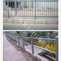 供应:玻璃钢公路护栏、玻璃钢桥梁护栏