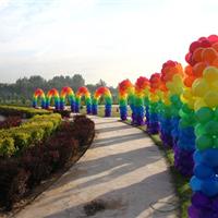 供应空飘气球租赁 舞台背板搭建 开业庆典 桁架背景板 彩虹门