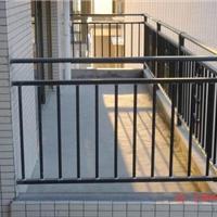 ,靠墙扶手,配件,防盗网等锌钢系列产品;