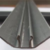 供应净化设备厂房用的PVC塑料底条