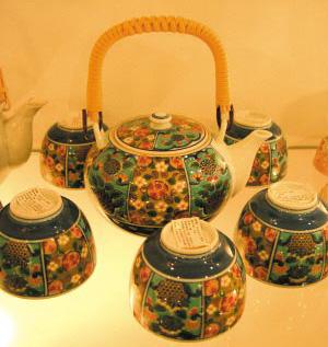 欧式的酒具和茶具能让家的感觉更加时尚