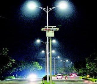 LED灯PK无极灯 谁将主宰新光源革命