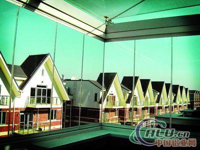 枫景2010新式铝边封条:再领无框窗行业风向