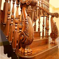 苏州纯实木手工雕花楼梯木门护墙板