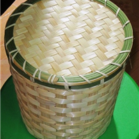 供应手工编织的水果竹筐 竹编盒 竹编包